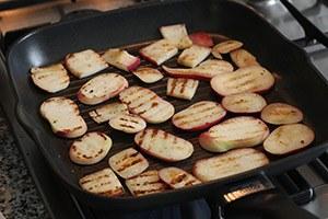 toast-met-ricotta-en-gegrilde-perzik-stap-2.jpg