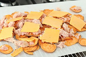 zoete-aardappel-nachos-met-chicken-melt-stap-3.jpg