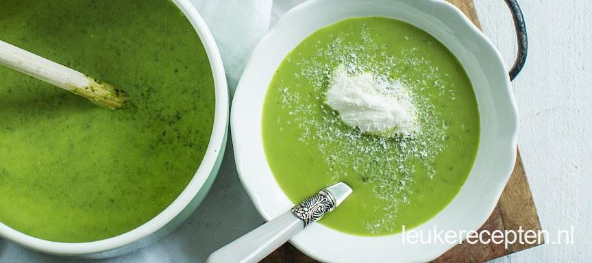 Broccoleaf soep met kokos
