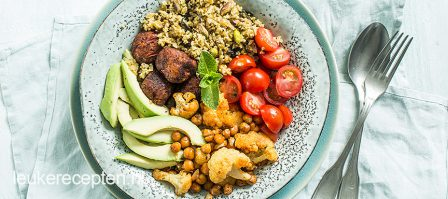 Freekeh bowl met falafel
