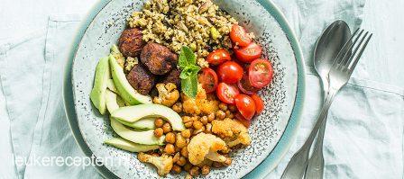 Freekeh bowl met falafel