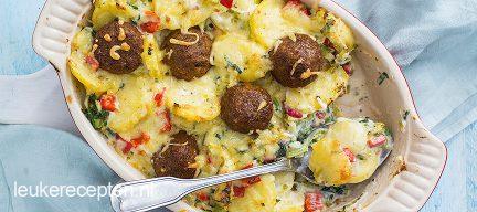 Ovenschotel met aardappel en falafel