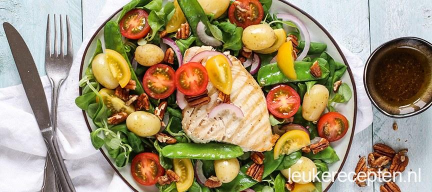 Salade met gegrilde tonijn
