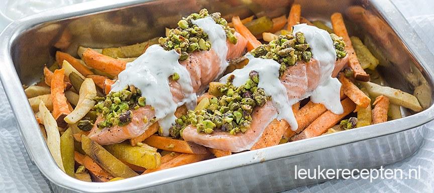 Groentefriet met zalm uit de oven