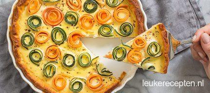 Hartige taart met groenterolletjes