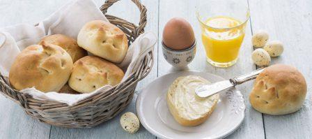 Paashaas broodjes en tip voor de paasbrunch