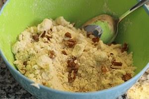Mini-kokos-cheesecakejes-met-mango-en-pecannoten-crumble-stap-1.jpg