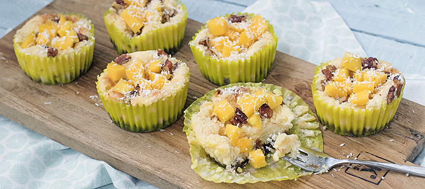 Kokos cheesecakejes met mango crumble