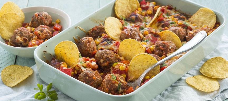 Tex Mex: taco ovenschotel met gehaktballetjes