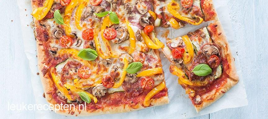 Plaatpizza met groenten