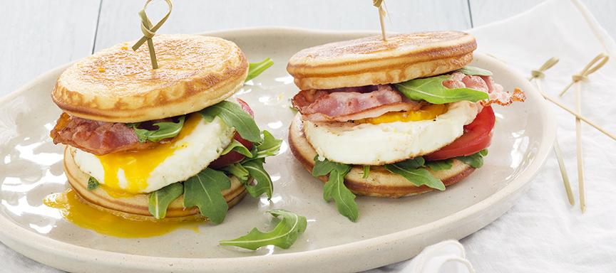 Pannenkoek ontbijtburgers