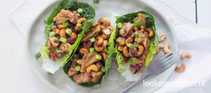 Slaschuitjes met kip cashew