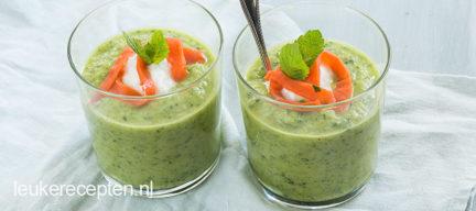 Frisse komkommersoep met avocado