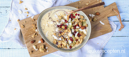 Tropische smoothie bowl