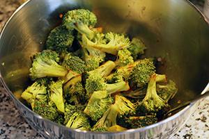 pitabroodjes-met-broccoli-en-kikkererwten-stap-1.jpg