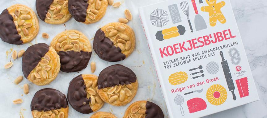 Review Koekjesbijbel + recept pindakoeken met chocolade