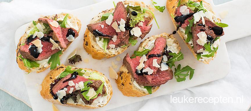 Bruschetta's met biefstuk