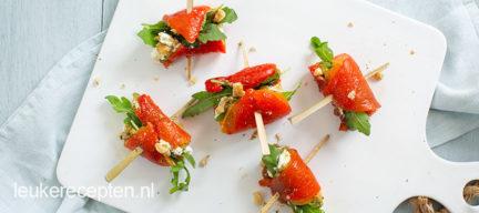 Gegrilde paprika rolletjes met pesto