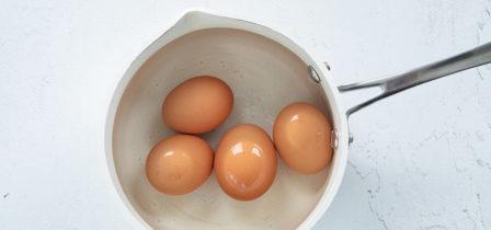 Hoe kook je een perfect hard of zachtgekookt ei?