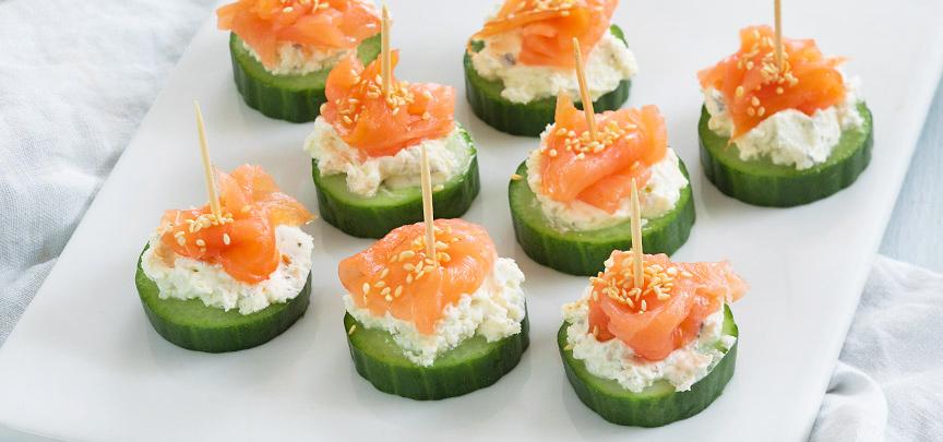 Komkommer hapje met zalm