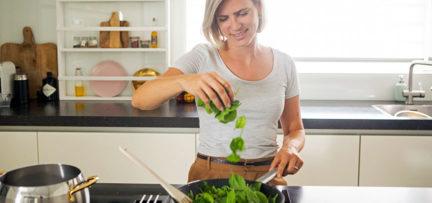 5 praktische tips om milieubewuster te koken en te eten