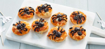 Halloween mini pizza's met spin