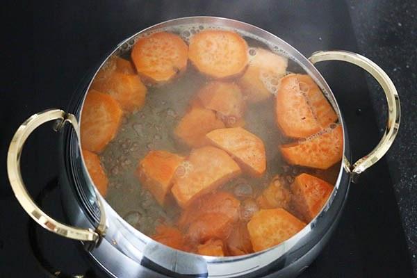 zoete_aardappelpuree_01.jpg