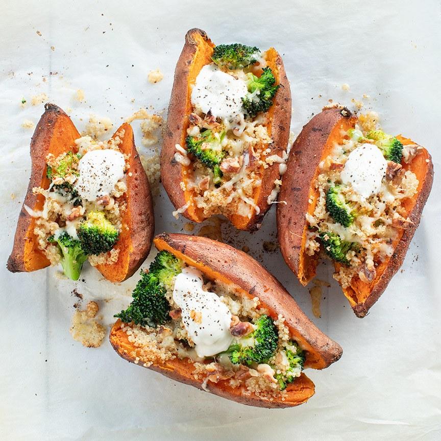 Gevulde-zoete-aardappel-met-quinoa