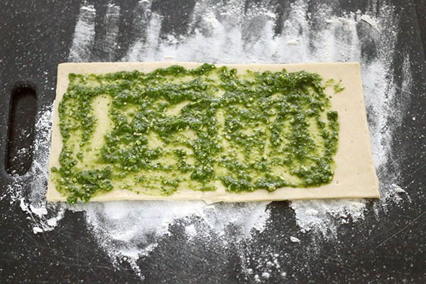 pizzarolletjes_pesto_01.jpg