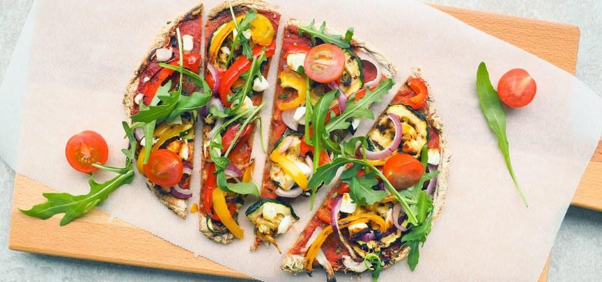 Glutenvrije pizza met groenten