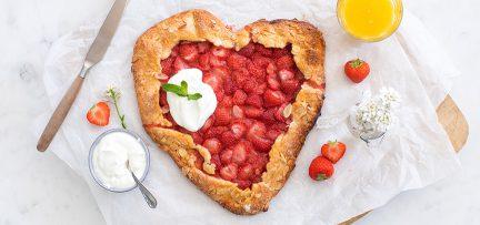 Aardbeien hart taartje voor Moederdag