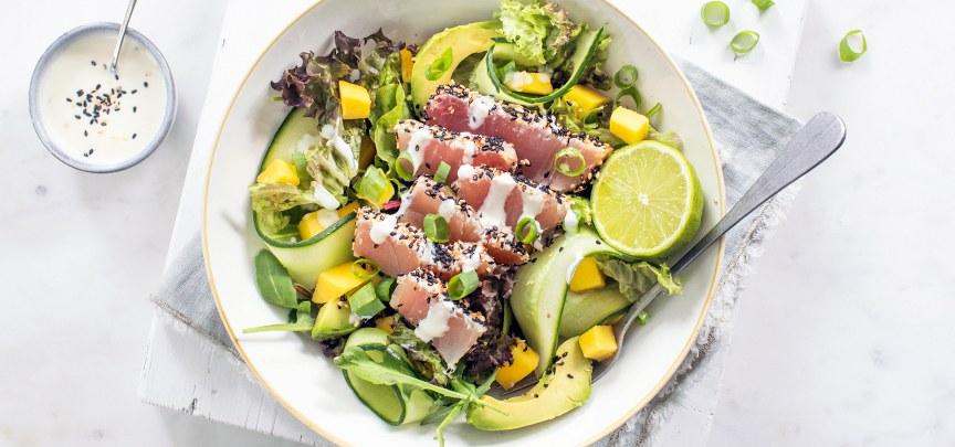 Sashimi salade met wasabi dressing