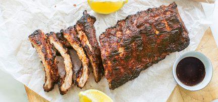 Spareribs uit de oven en van de BBQ