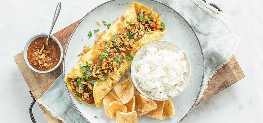 Javaanse omelet wrap met tempeh