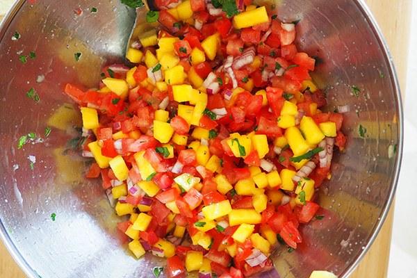 Mango-salsa_03.jpg