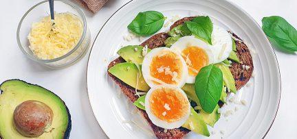 Toast met ei en avocado, een gouden én gezonde combi